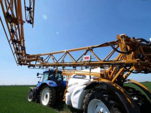 Ridgeway Sprayers | The Knight Trailblazer Pro Sprayer